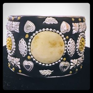 Ornate Faux Stone Black Bangle